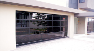 PANORAMIC GARAGE DOORS
